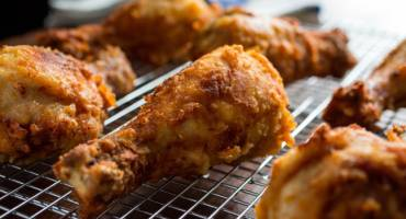 Young Lad's Hilarious Fried Chicken Reviews Go Viral